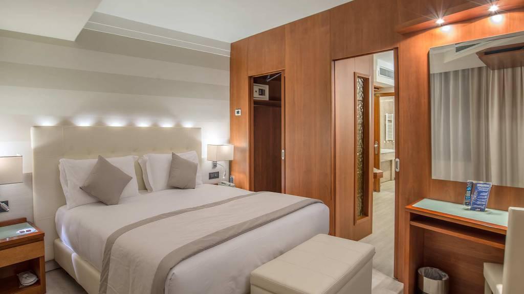 Hotel-La-Giocca-Roma-suite