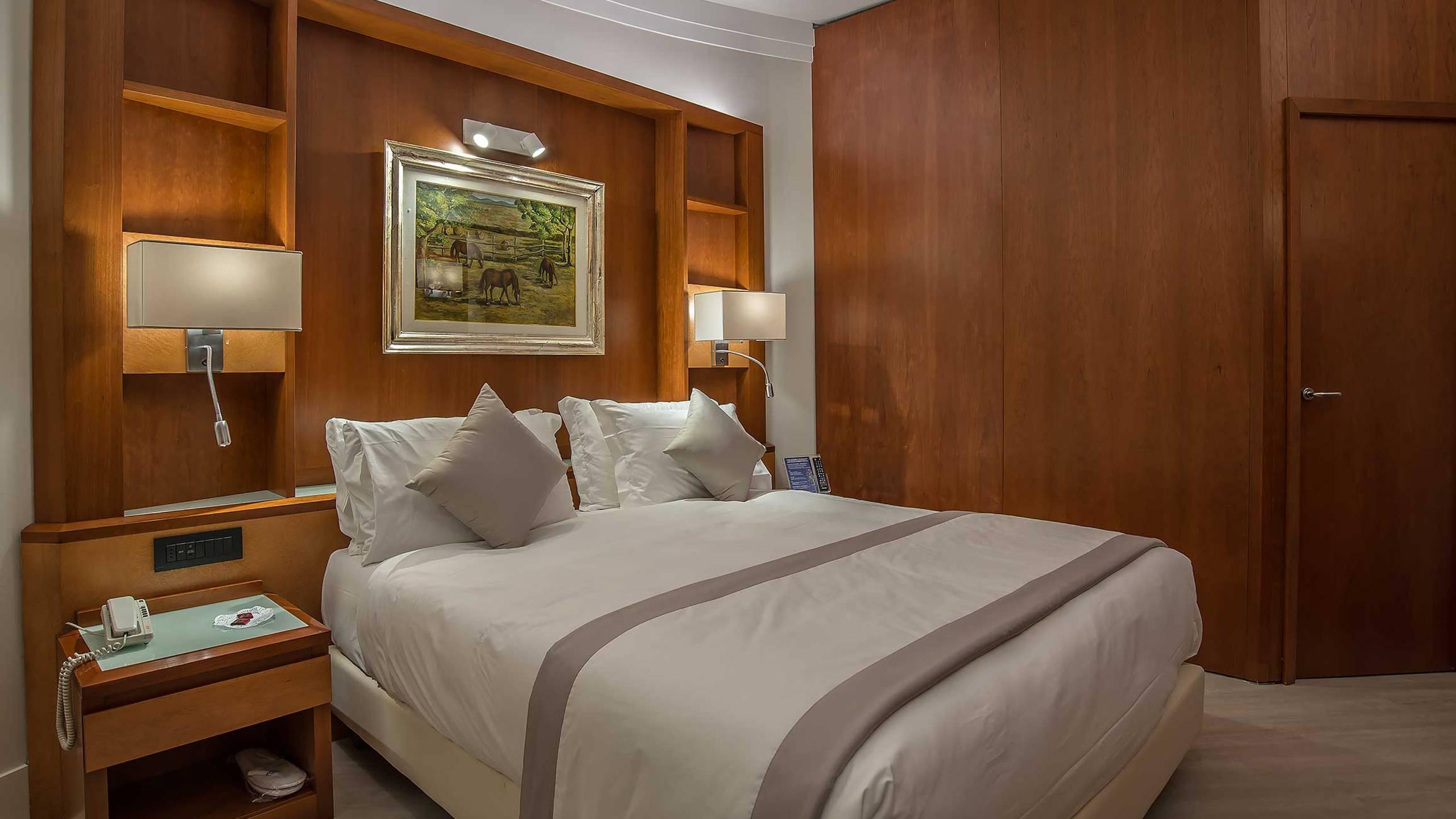 Hotel-La-Giocca-Roma-junior-suite-8