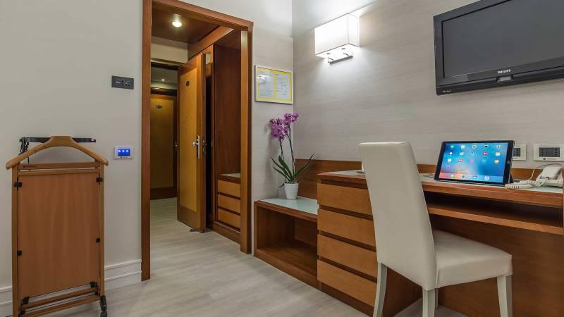 DSC-9013--New-Hotel-LaGiocca-Roma